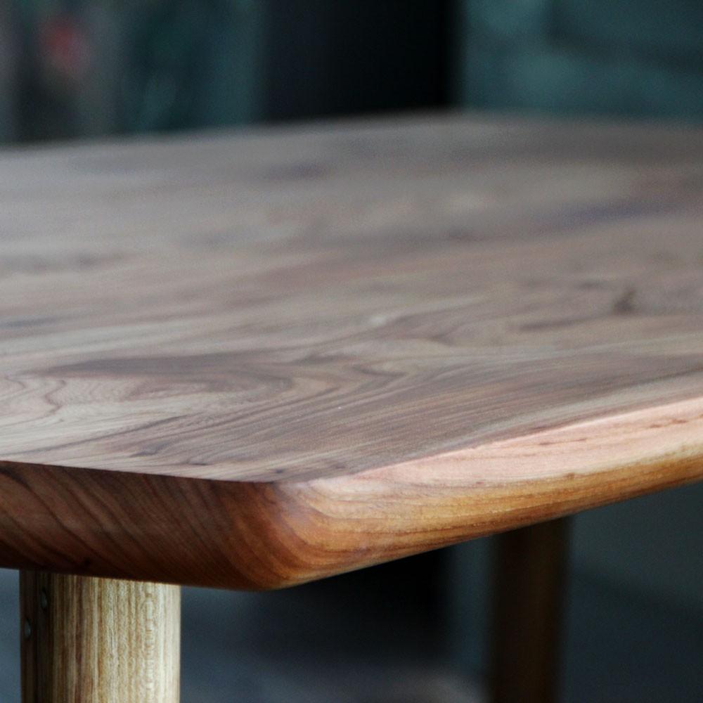Tischplatte aus massivholz holzgesp r for Tischplatte massivholz