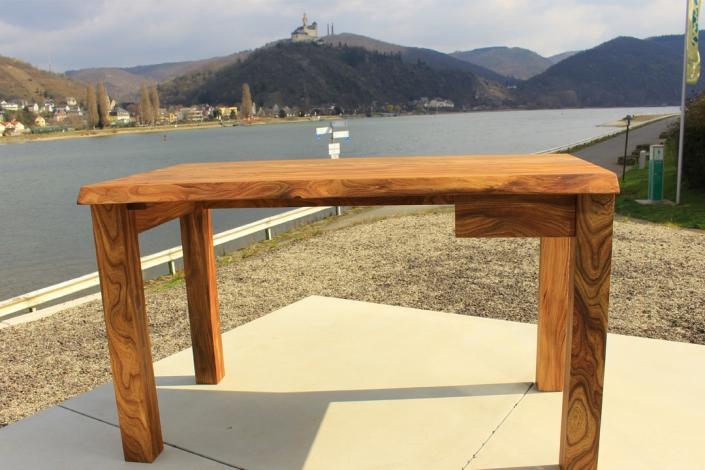 Schreibtisch Massivholz Ulme Ruester
